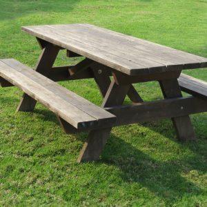 """שולחן קק""""ל צבע עץ"""