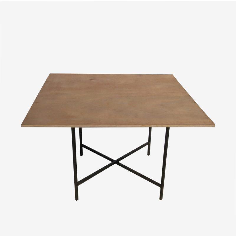 שולחן מרובע 1.20*1.20