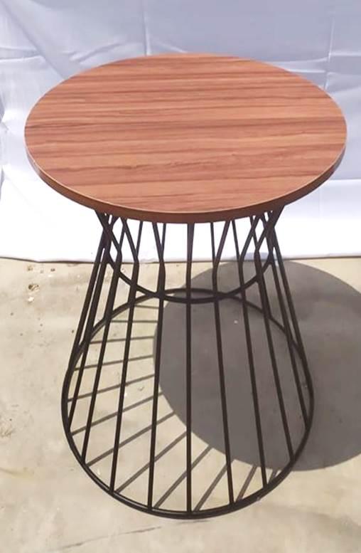 ברזל עץ כסא